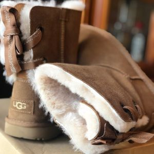 UGGS fuzzy!